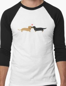 Dachshunds Love Men's Baseball ¾ T-Shirt