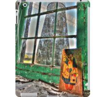 Green window. iPad Case/Skin