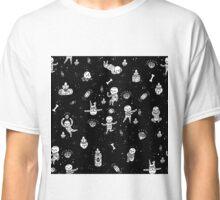 infinite skeletons Classic T-Shirt
