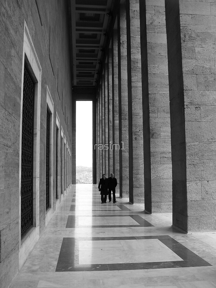 Walking in Anitkabir. by rasim1