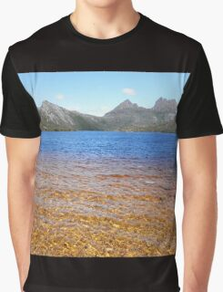 Dove Lake Landscape, Cradle Mountain, Tasmania, Australia. Graphic T-Shirt