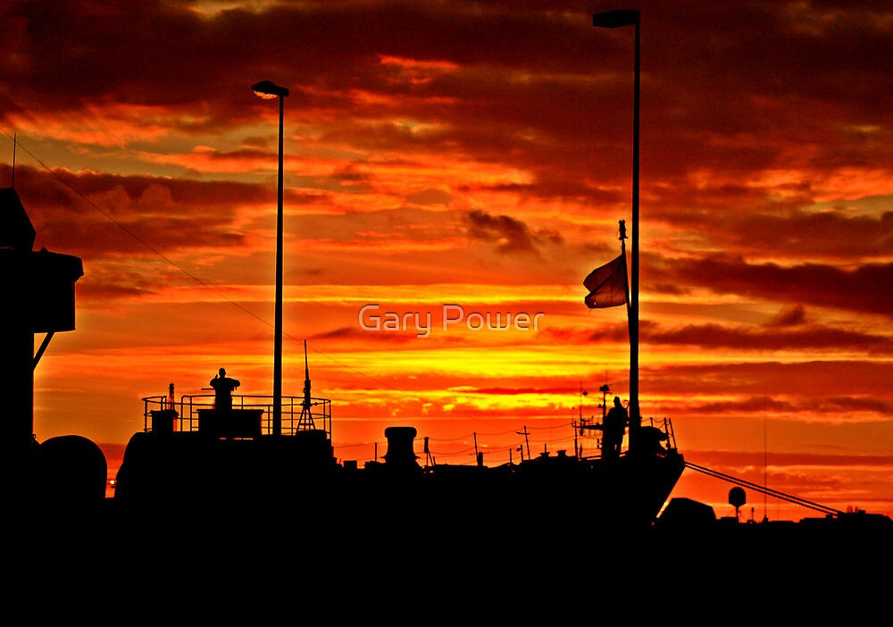 The Sunset of the battle. by Gary Power
