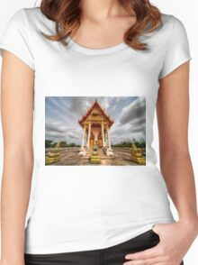 The Temple Women's Fitted Scoop T-Shirt