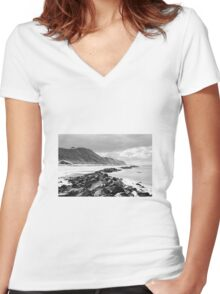 Coast Women's Fitted V-Neck T-Shirt
