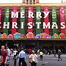 Flinders St Station, Xmas '12 by Tatterhood