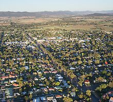 Down town in Scone by Daniel Rankmore