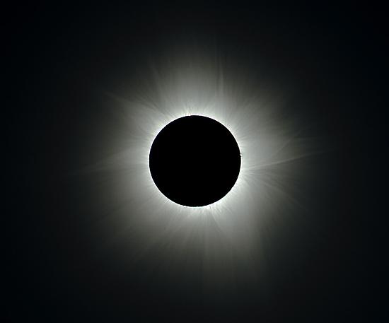 Eclipse - Cairns 2012, Corona by Wayne England