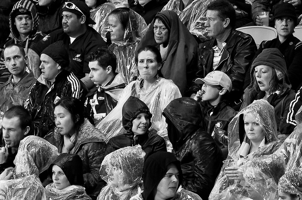 Rugby Crowd Study by Rhoufi
