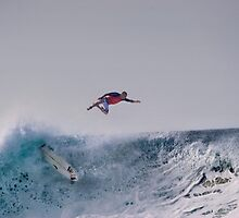 The Art Of Surfing In Hawaii 15 by Alex Preiss
