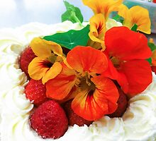 Cream cake, decorated with red and yellow cress flowers by Daniel Rönneberg
