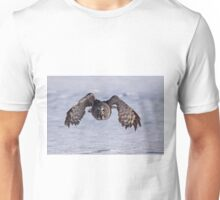 Great grey owl flying over snow Unisex T-Shirt