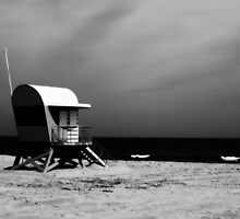 Lifeguard Hut by Paul Ridley