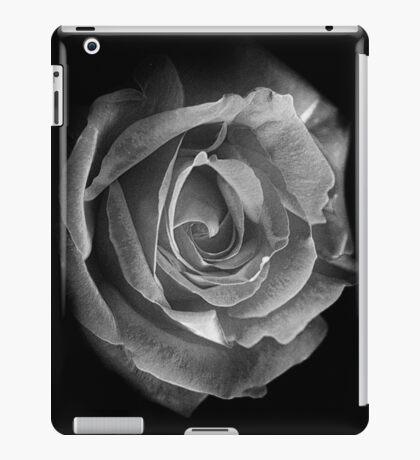 Rose BW iPad Case/Skin