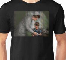 Nurse - Mending spirits 1939 Unisex T-Shirt