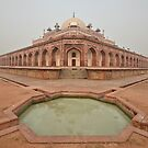 Humayun's Tomb by Peter Hammer