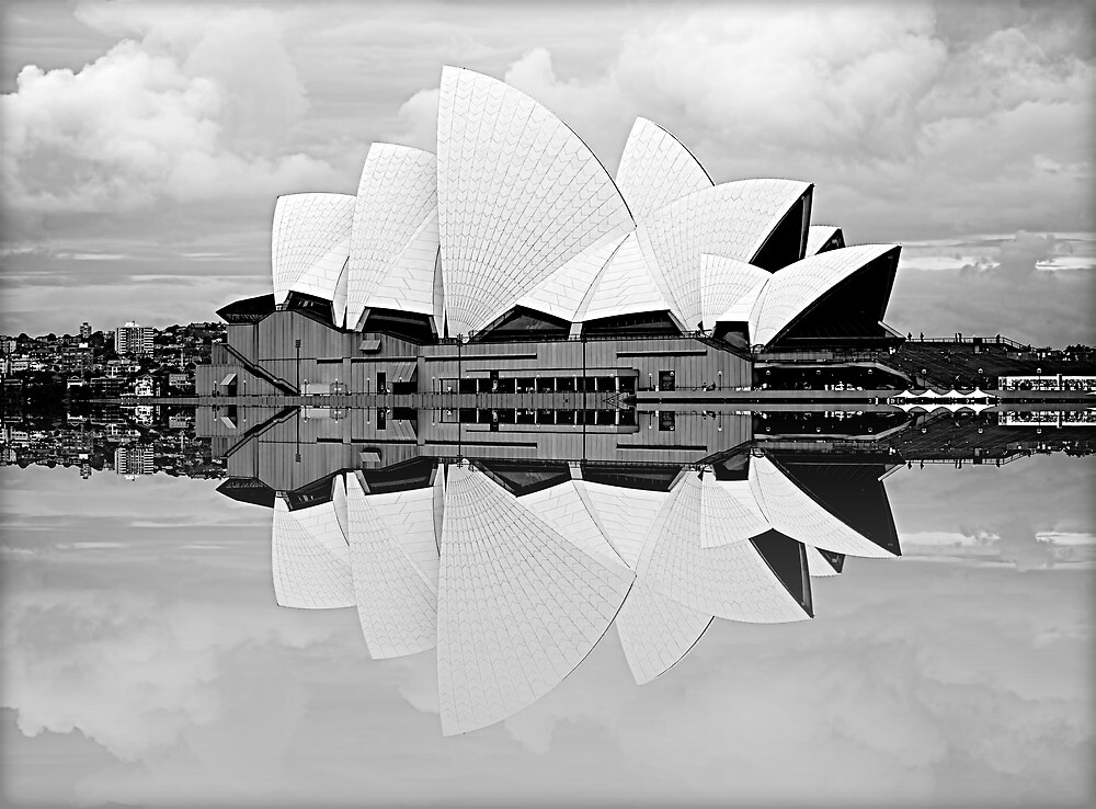 Sydney Opera House by fernblacker