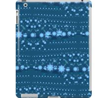 Blue blossoms party  iPad Case/Skin