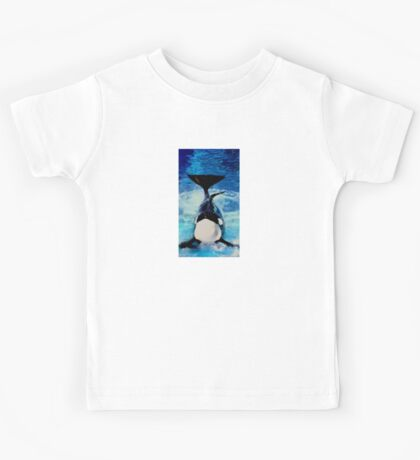 Proud Orca Daddy Posing for Photos Kids Tee