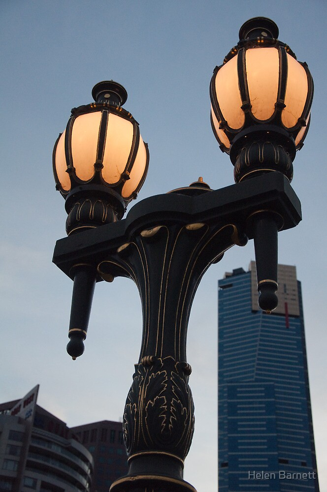 Lampost & Eureka Tower, Melbourne by Helen Barnett