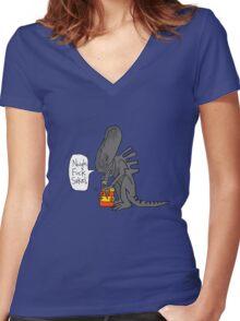 Alien Vs Jam jar Women's Fitted V-Neck T-Shirt