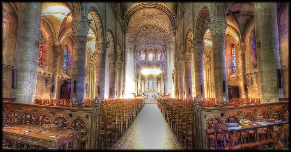 Voeu's church  by Michaël Tardif