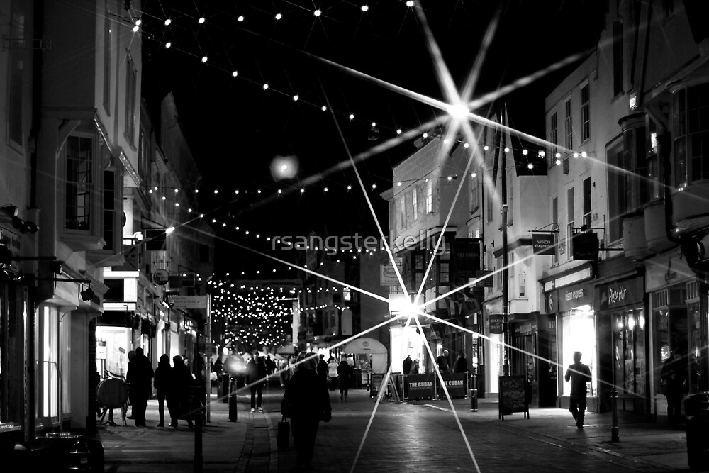 Christmas Bustle - Canterbury 2 by rsangsterkelly