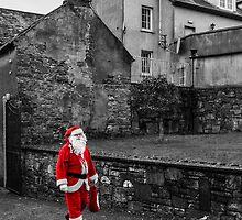Selective Santa by Rustyoldtown