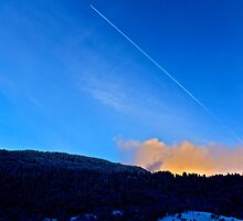 Mountain Vapour Trail by OOSweet