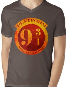 Platform 9 3/4 Mens V-Neck T-Shirt