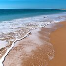 Pristine ocean at Cape Leveque by Renee Hubbard Fine Art Photography