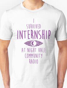 """""""I survived Internship!""""  T-Shirt"""
