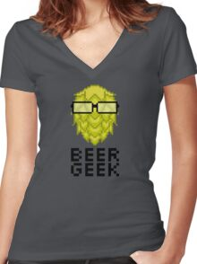 Beer Geek Women's Fitted V-Neck T-Shirt