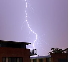 Lightning over houses in Australia by caamalf
