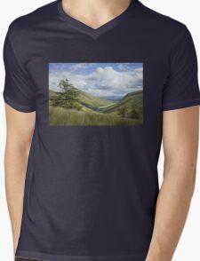 Glengesh Pass, Co. Donegal Mens V-Neck T-Shirt