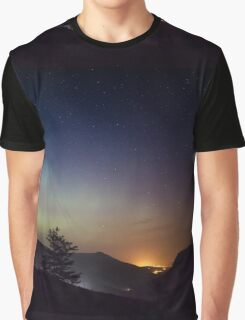 Aurora over Glengesh, Donegal Graphic T-Shirt