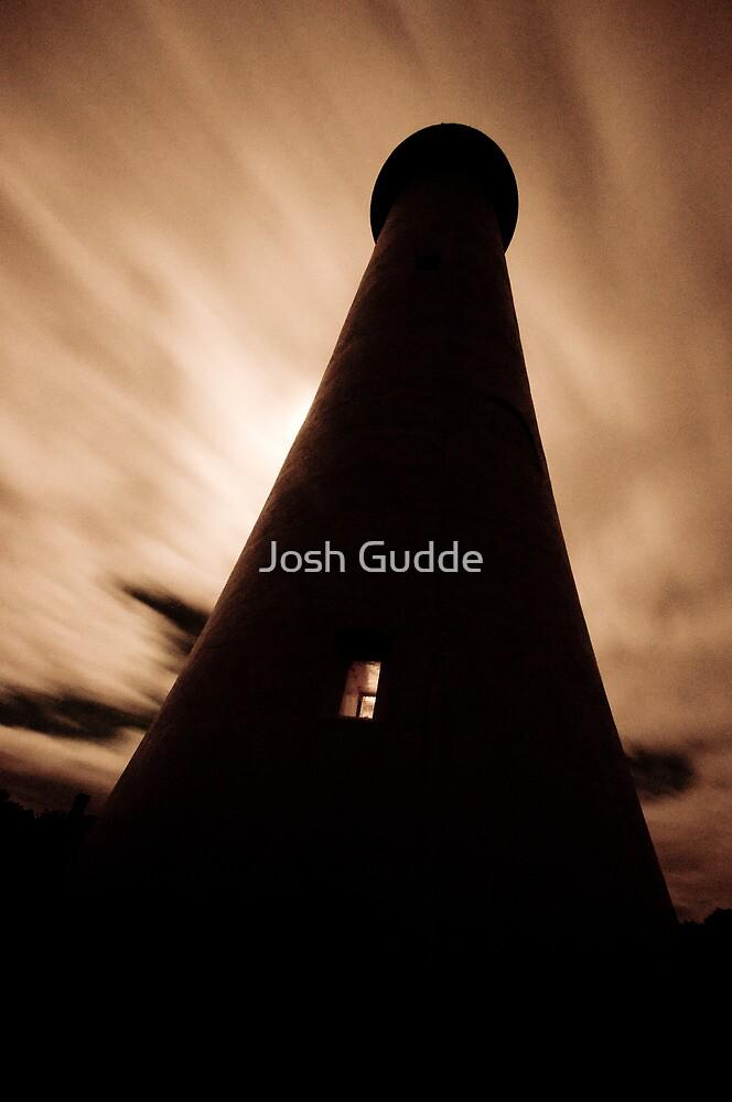 Lorne Lighthouse by Josh Gudde