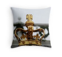 Honey You Should See Me in a Crown Throw Pillow
