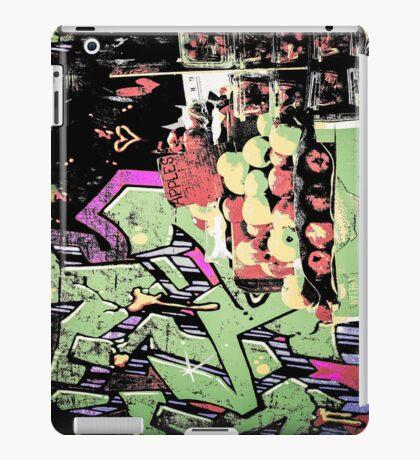 New York City graffiti and fruit stand retro grunge style iPad Case/Skin