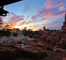 Thunder Mountain Sunset by howeirdd