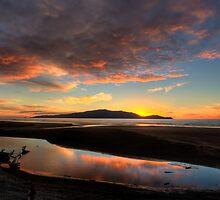 Kapiti Sunset 2 by Barry Culling