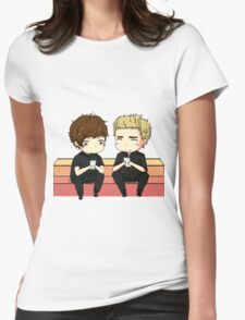 nouis on the AMAs T-Shirt