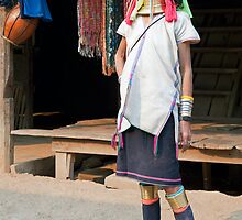 Elegant Kayan Lahwi woman by Kerry Dunstone