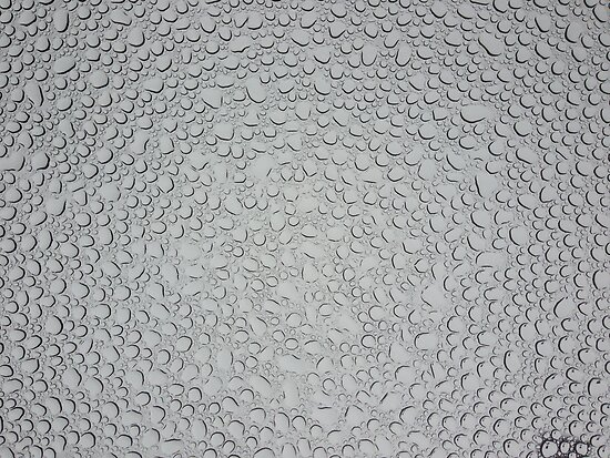 Water Droplets on Tempered Glass by kalitarios