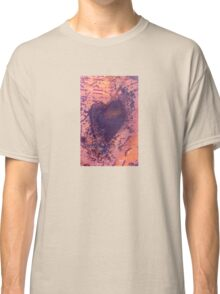 rusting metal with rusty love heart Classic T-Shirt