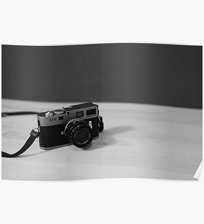 Leica M9, Poster