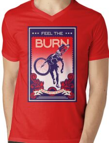 Feel the Burn retro cycling poster Mens V-Neck T-Shirt