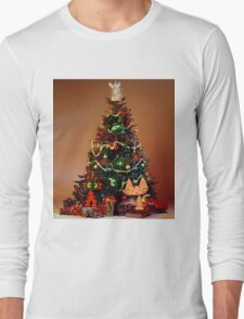 Two Cats Are Ready For Christmas Long Sleeve T-Shirt