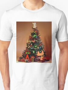 Two Cats Are Ready For Christmas Unisex T-Shirt