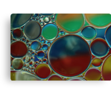 oil bubbles on water Canvas Print