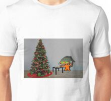 Cat Sets Out Milk And Cookies For Santa Unisex T-Shirt